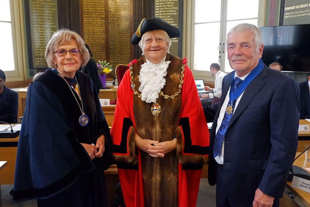 Tribute to Cllr Mrs Wendy Hinder  image