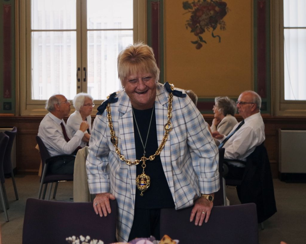 Maidstone residents join the Mayor for afternoon tea