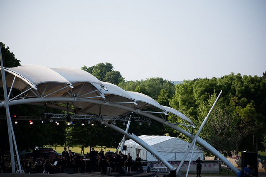 Proms in the Park for free  image